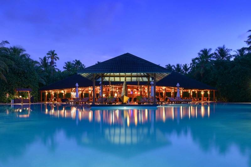 Adaaran Select Meedhupparu Resort and Spa