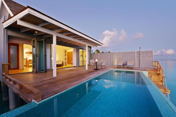 Thundi Water Villa with Pool